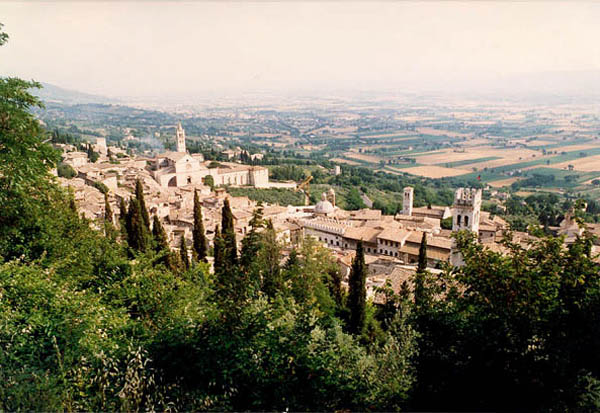 "The image ""http://www.giorgiozanetti.ca/centro_italia/umbria/assisi_panorama.jpg"" cannot be displayed, because it contains errors."